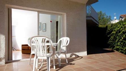 4-apartamento-2-3-personas-terraza.jpg
