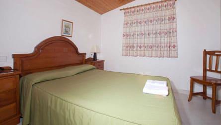 2-apartamento-2-4-personas-dormitorio.jpg