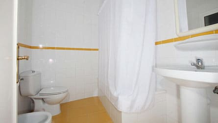 5-apartamento-2-3-personas-lavabo.jpg